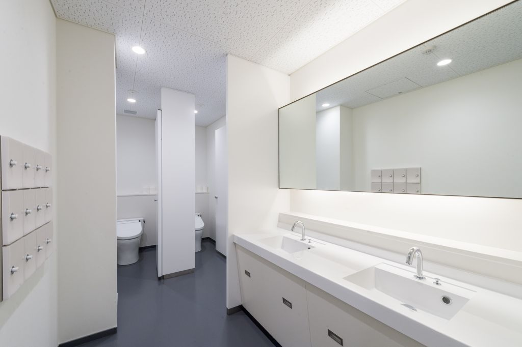 60女子トイレ